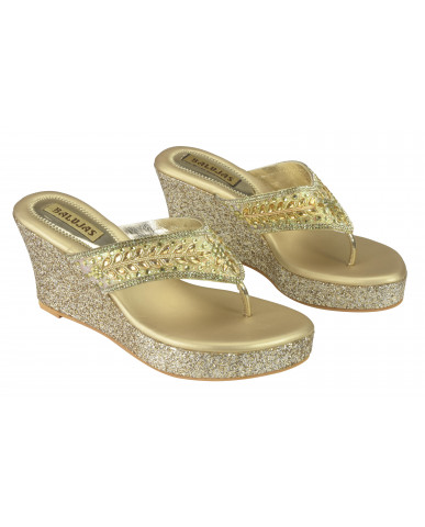 S22-70: Balujas Gold Wedge Heel Chappal