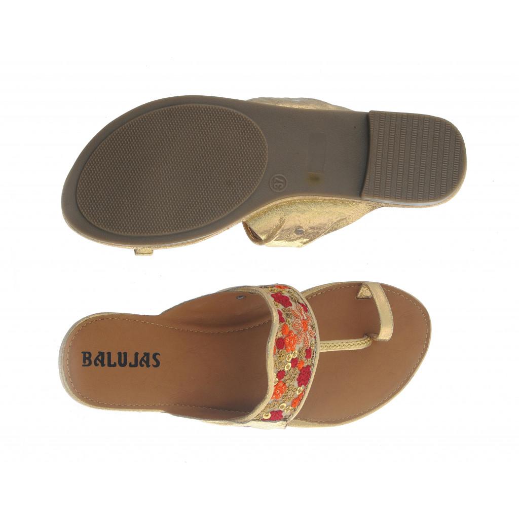 T-646 : Balujas Red Flat Chappal