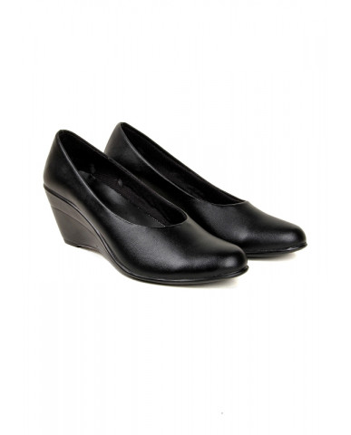 S-1 : Balujas' Chelsea Black Wedge Heel Belly