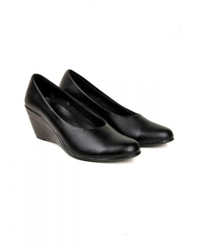 S-1 : Balujas' Chelsea Black Wedge Heel Bellies